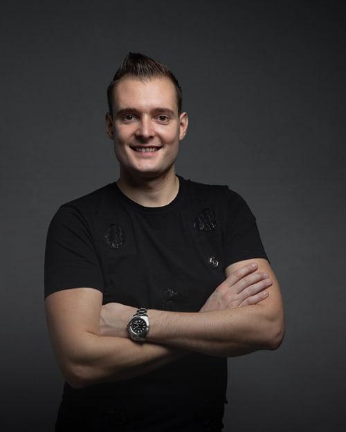prodaja_patrik-jagodic_pjagodic_small-min