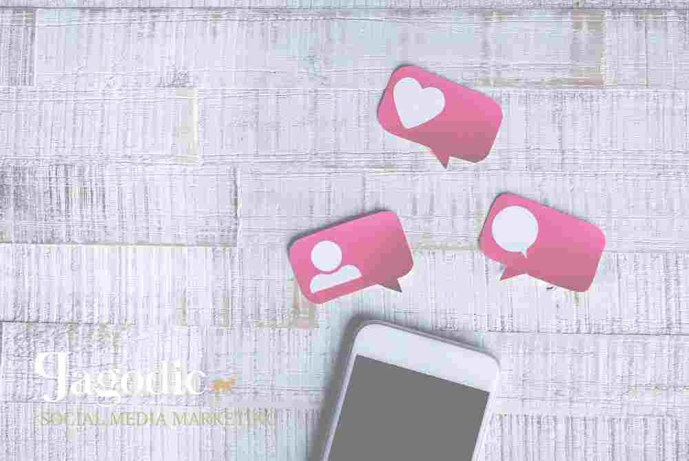 Facebook, Instagram in lično ter praktično urejena spletna stran so dan danes nujni pogoj za dobro kotiranje na divjem trgu. Mi ti pomagamo do urejenih profilov na socilanih omrežjih, naši strokovnjaki pa vam pripravijo spletno stran po vaših željah.